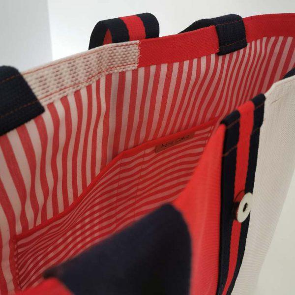 Bolso Laredo color rojo y blanco vista detalle
