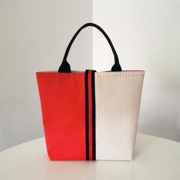 Bolso Laredo color rojo y blanco vista espalda