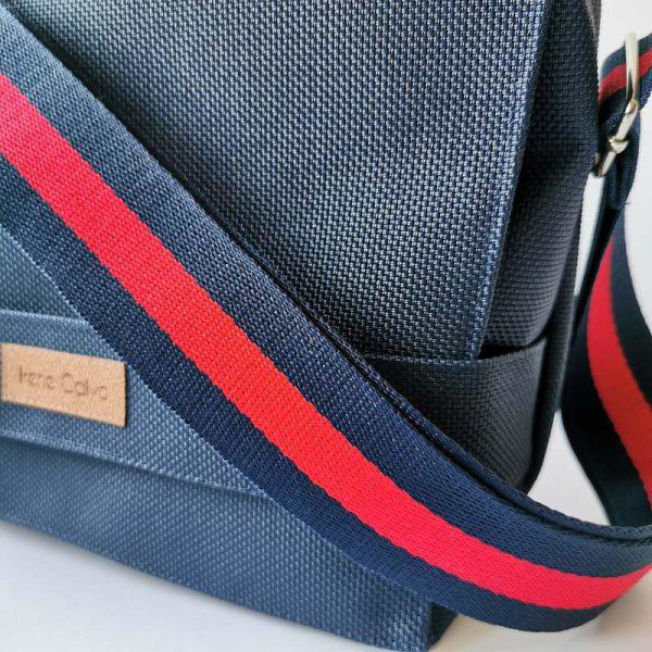 Bandolera 507 color azul vista detalle