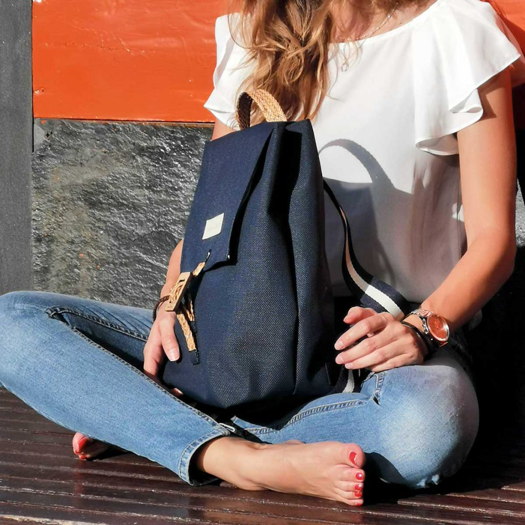 Tarde soleada con mochila de Irene Calvo