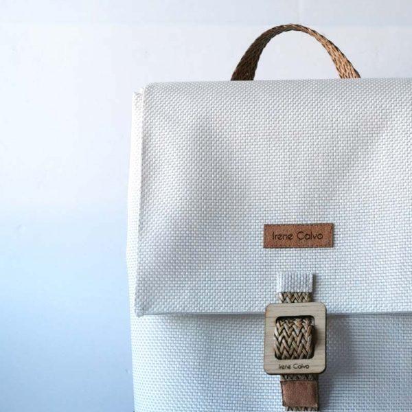 mochila Royal, color blanco, detalle
