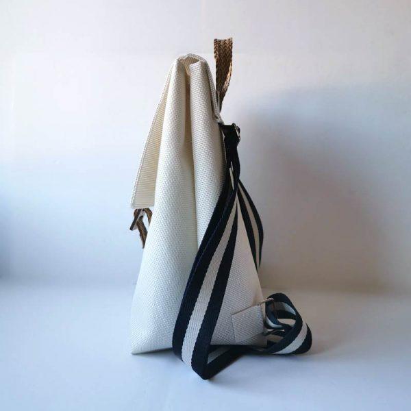 Mochila Royal color blanco vista lateral